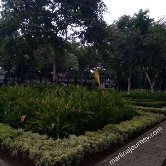 Taman Cattelya tempat yang sejuk  di Jakarta