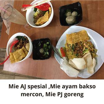 Mie ayam jamur Spesial Haji Mahmud